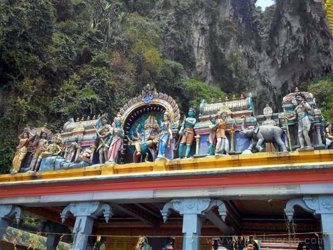 The Batu Caves Malaysia, Batu Caves, Lord Murugan, Hindu Shrine in Malaysia, Hindu deity, Thaipusam, Caves, Cave wonder in Malaysia, Malaysian Tourist Site, Travel Blog, Malaysia Travel, caves