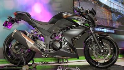 Perbedaan Tipis Kawasaki Ninja 250FI atau Z250