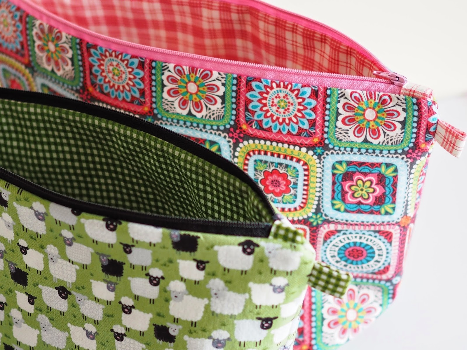 Knitting Project Bag Sewing Pattern : Betsy Makes ....: Project Bag Tutorial