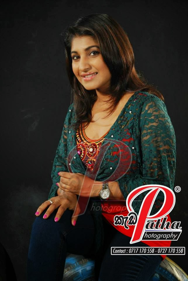 Actresslanka: Samanali Fonseka