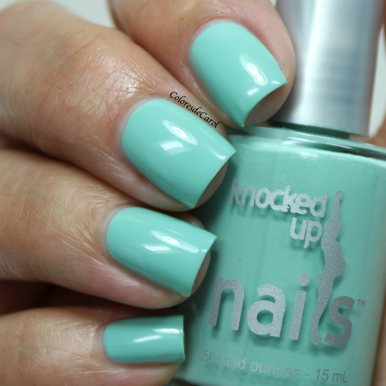 Colores de Carol: Knocked Up Nails - Swatches, Review and Giveaway.