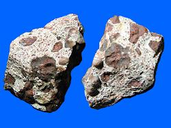 Exemplars de bauxita de l'antiga mina Adelaida