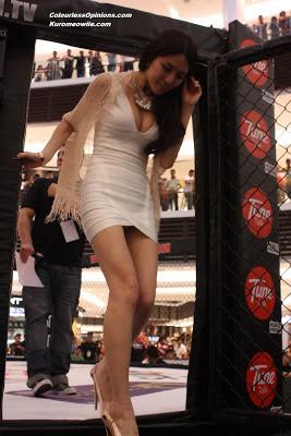 Felixia Yeap sexy cleavage upskirt at MIMMA semi finals paradigm