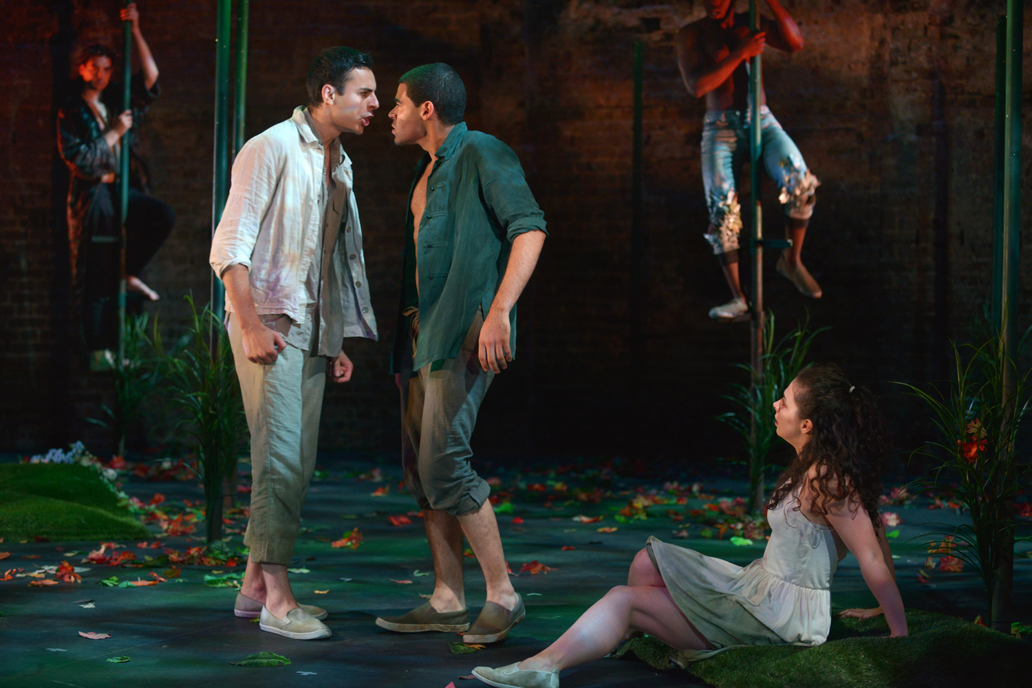 CHEER - theatre reviews: 'A Midsummer Night's Dream' Review