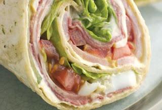 "<img src=""wraps-de-pollo.jpg"" alt=""los wraps son tortillas de trigo que se usan para elaborar platos nutritivos sencillos"">"