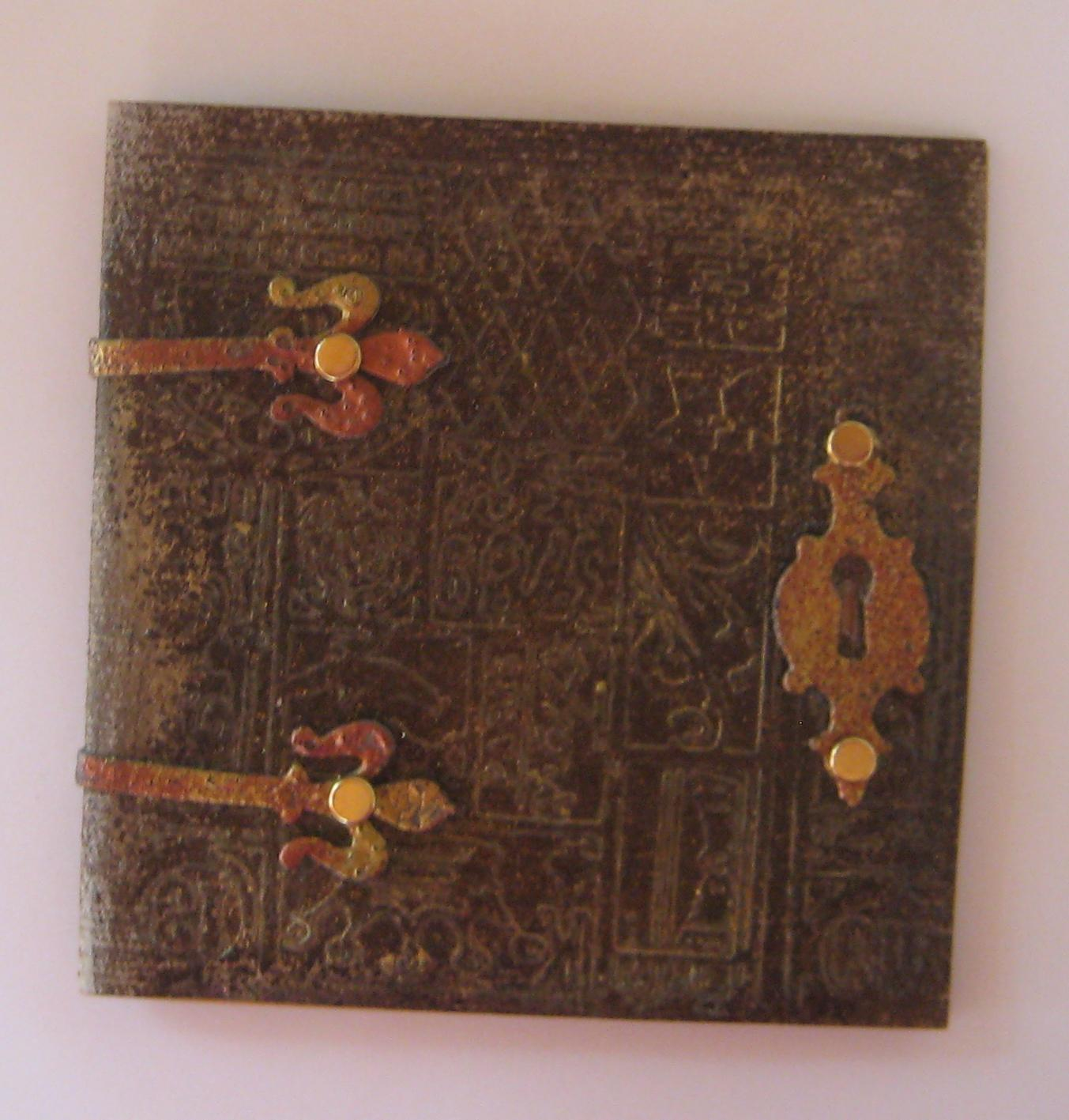 Diy Book Cover Embossing ~ Creating a faux leather effect