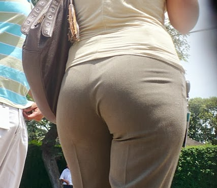 MILF IN SLACKS