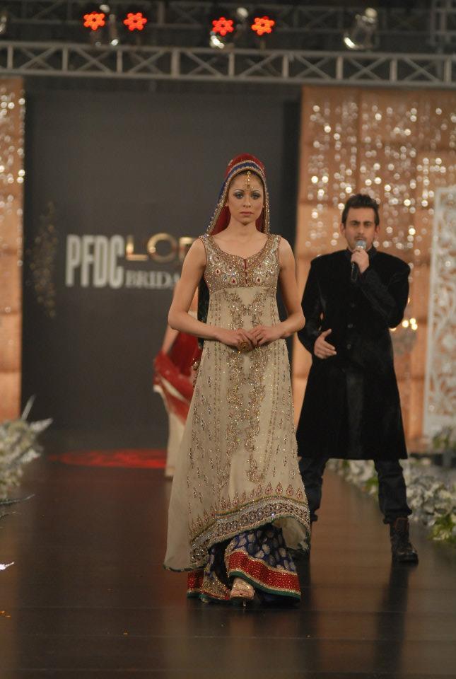 PFDCL2527orealfashionweek2012wwwShe9blogspotcom252822529 - Latest Bridal dresses