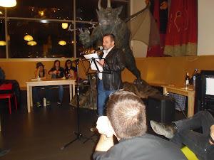 Recital de poesía urbana en REVERSOS INFAMES