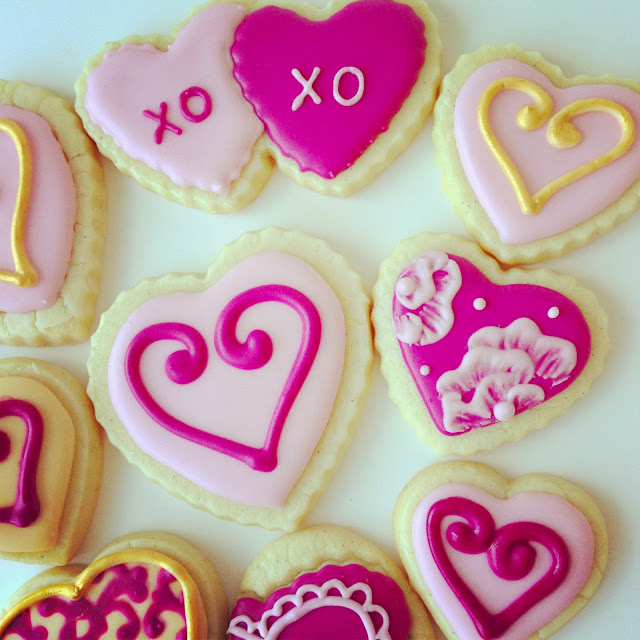 Valentine's Day sugar cookies by Askanam , order on www.etsy.com/shop/askanam