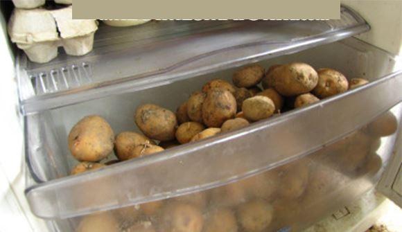 ne mettez jamais vos pommes de terre au r frig rateur pour cette raison conseils pour vous. Black Bedroom Furniture Sets. Home Design Ideas
