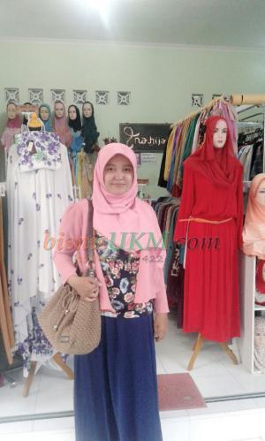 Niken Agustin Menginspirasi Muslimah Berbisnis Hijab