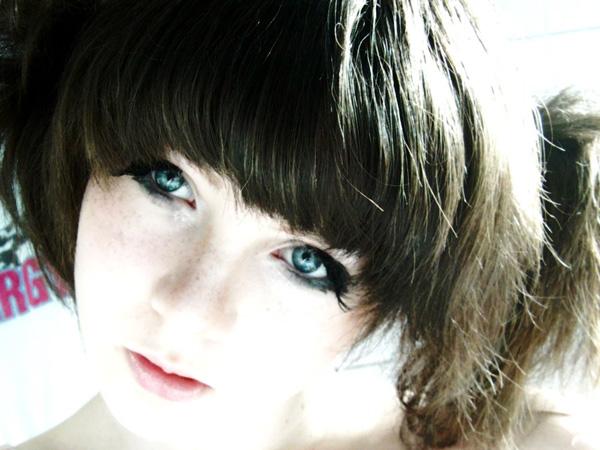 crazy hair styles anime girl