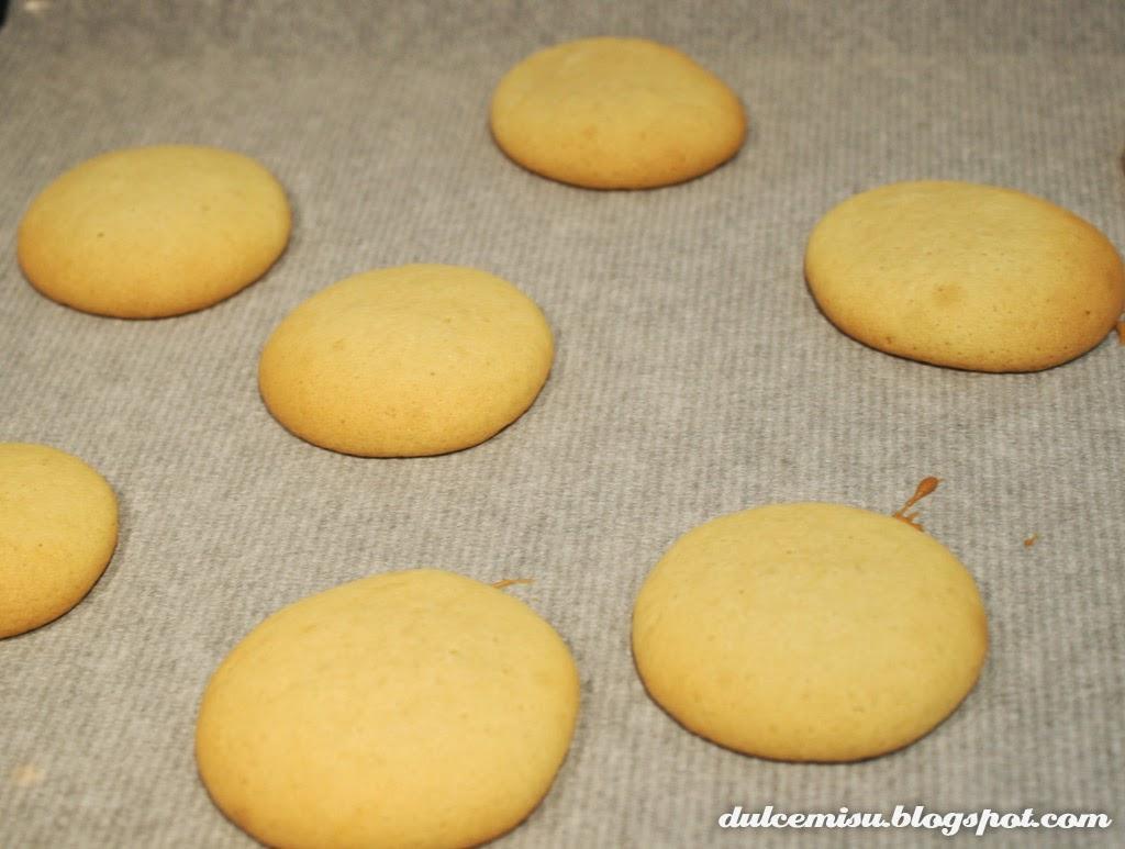 Whoopie pie, turrón, almendra, extracto, azúcar glas, fondant, molde de silicona, blonda, dulcemisu, postre, dulce, extracto wilton, bizcochito, bizcocho