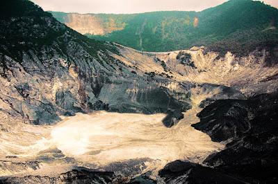 Objek Wisata Gunung Tangkuban Parahu