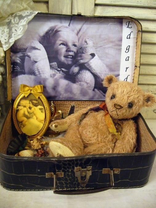 "EDGARDO ""attic bear"""