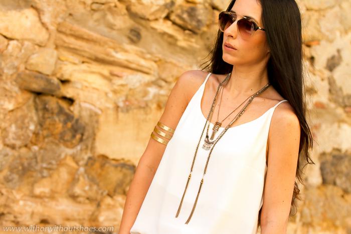 Blogger de moda valenciana con look hippie estilo boho