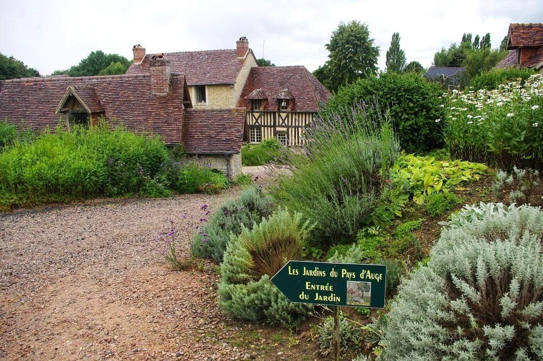 Le jardin des couronnes les jardins du pays d 39 auge 1 re partie - Visiter le pays d auge ...