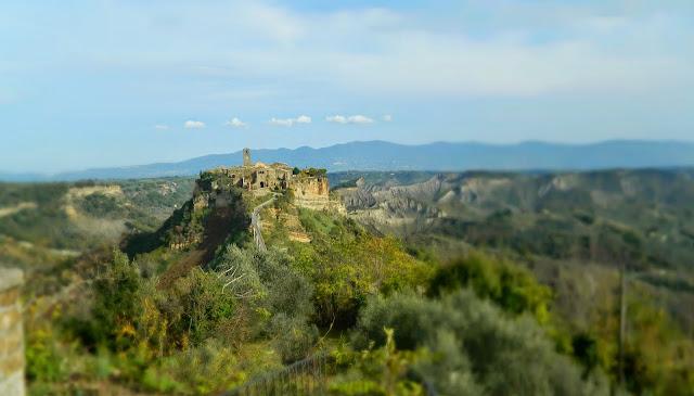 Amazing Ghost Town: Civita di Bagnoregio