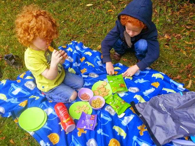 A Paddlepak from Trunki and Ella's Kitchen children's snacks picnic