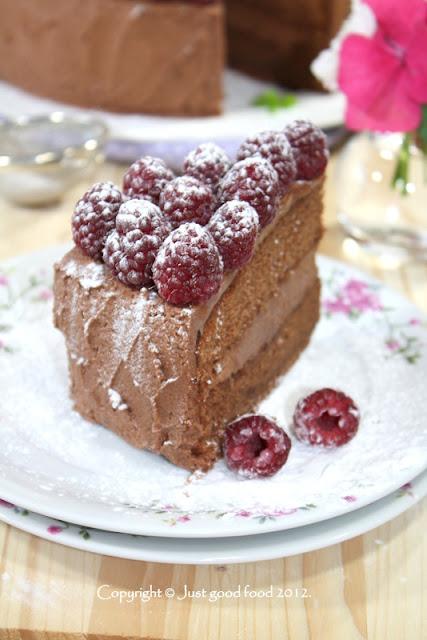 Torta od čokolade s malinama