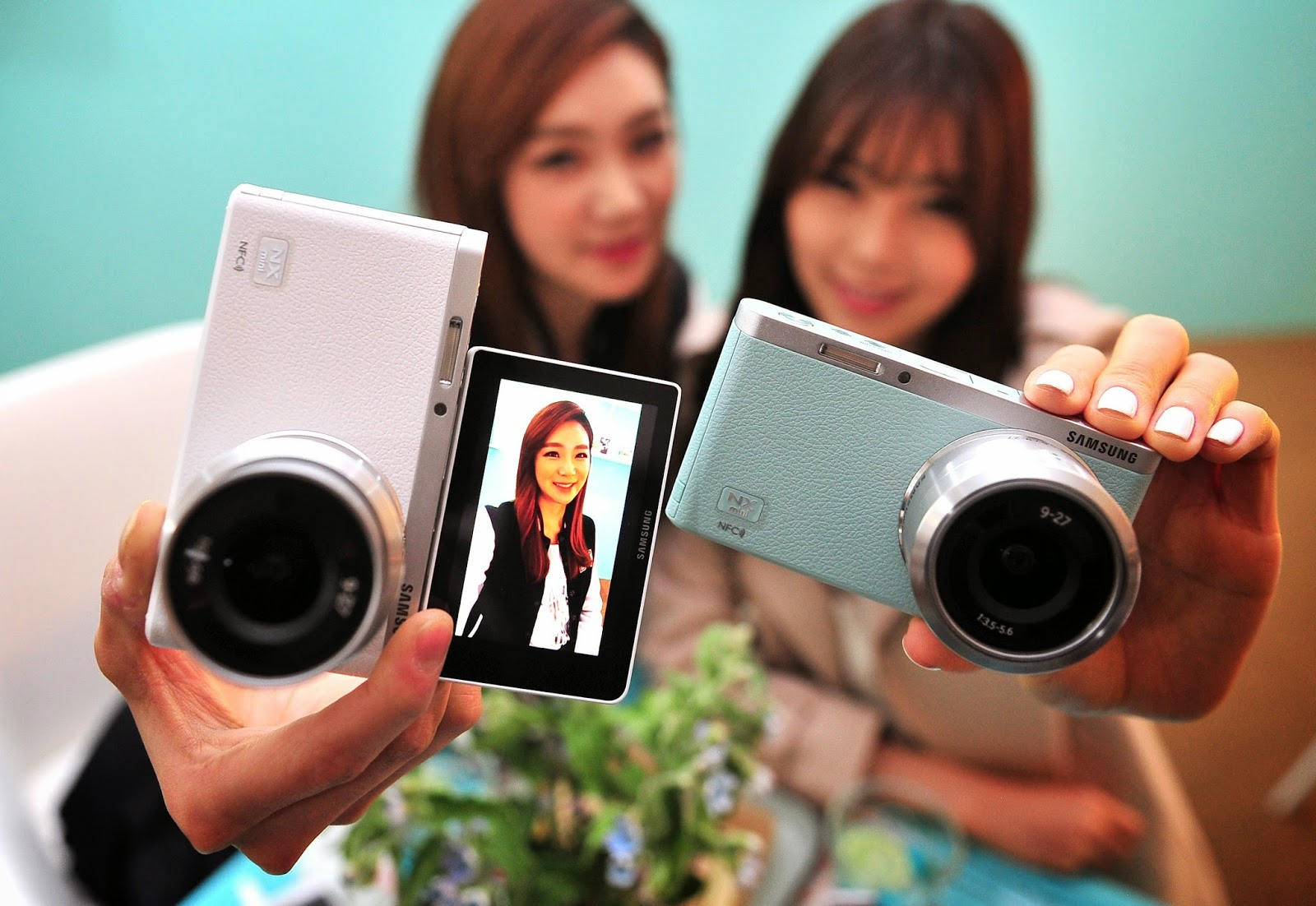 "Images Archival Store: Samsung launches wink-activated ""NX ..."