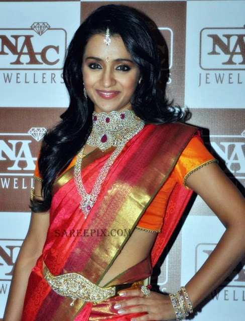 Trsiha-cute-smile-silk-saree-NAC-Jewellers-Fashion-show