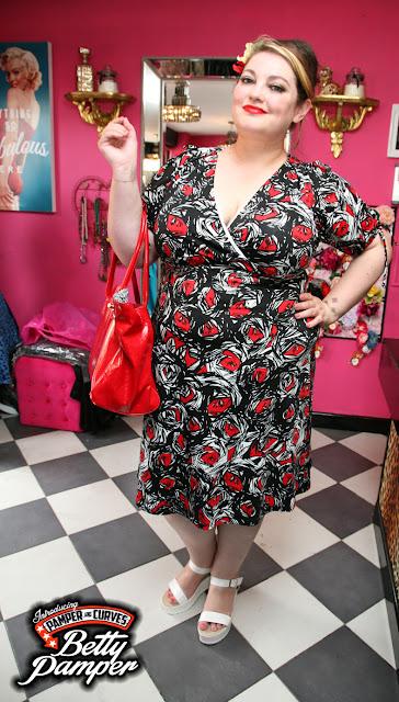 UK plus size fashion blogger