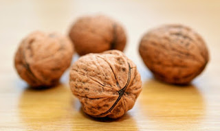 Nutrition: walnuts between The Super Foods That Keep You Healthy