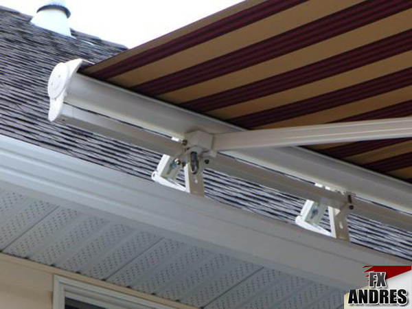 Soportes a tejado directo fx y la protecci n solar for Anclajes para toldos