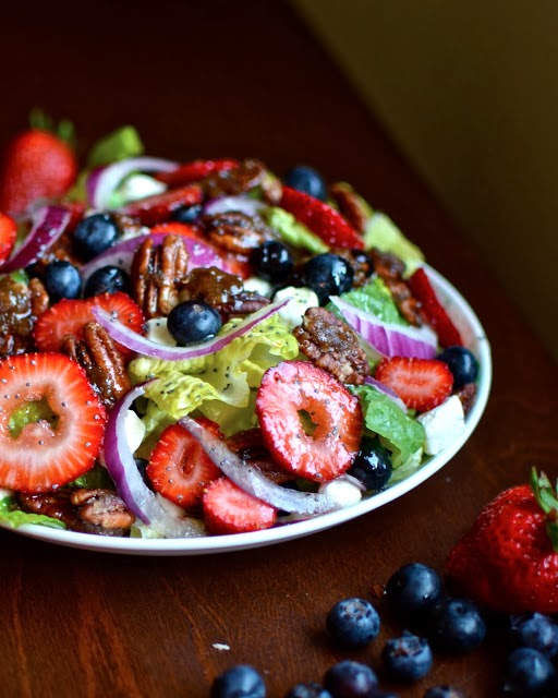 http://www.yammiesnoshery.com/2013/05/candied-pecan-berry-salad-with-cream.html