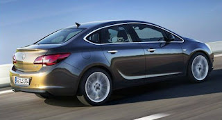 Opel unveils sedan sibling for upcoming Astra