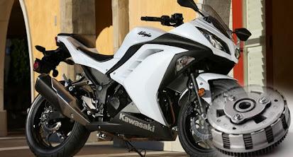Pindahkan Gigi Kawasaki Ninja 250 Lebih Halus Menggunakan Slipper Clutch