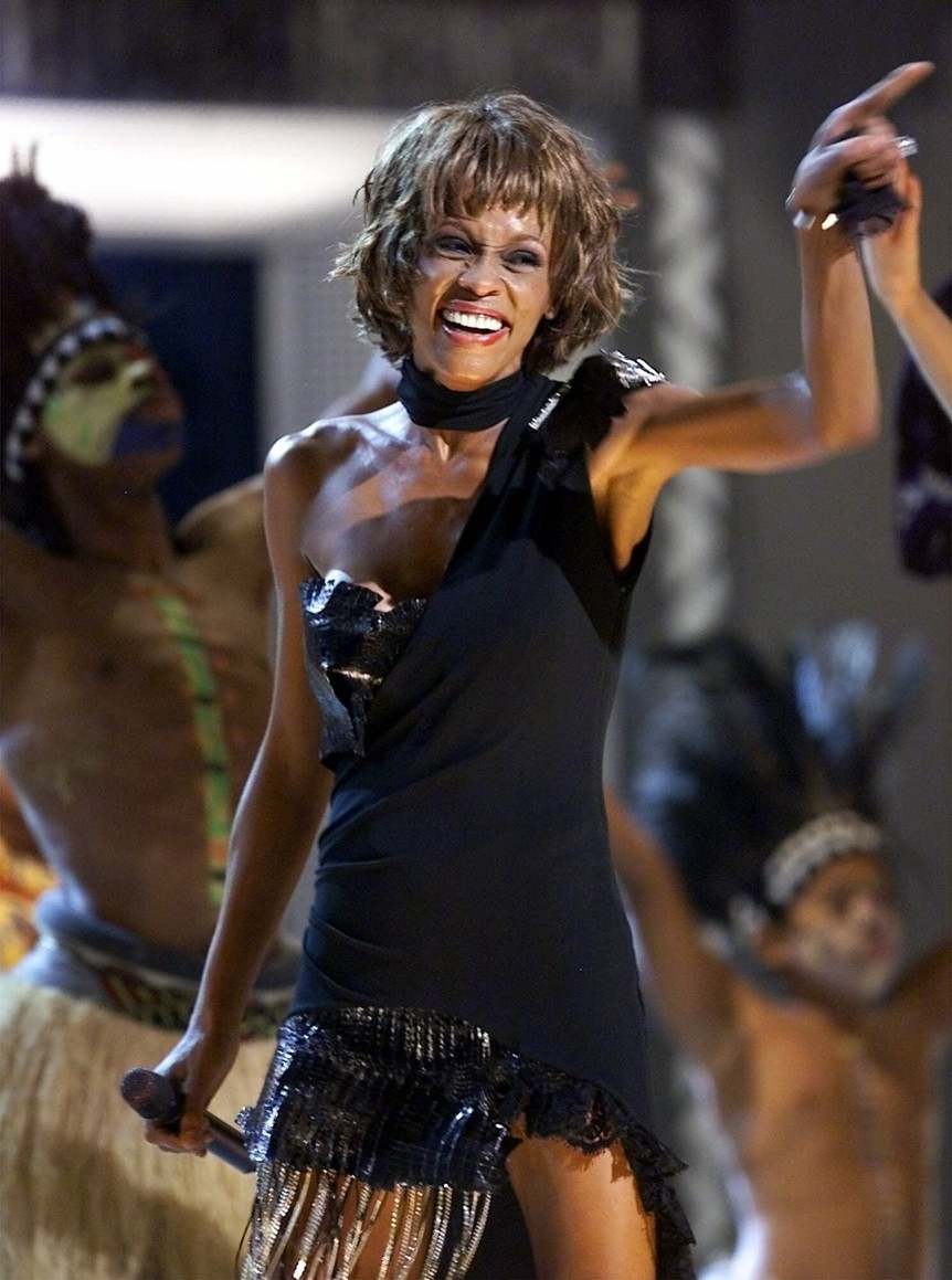 Chatter busy stars react to whitney houston 39 s death for The whitney