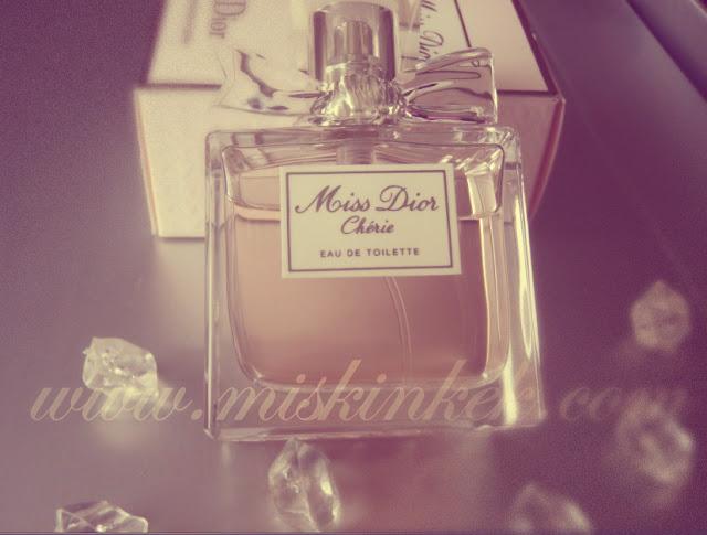 miss-dior-cherie-parfum-yorumu