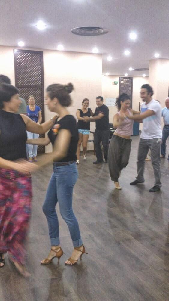 Taller de BAILES LATINOS con Jaime Caro y Zaira Mauri