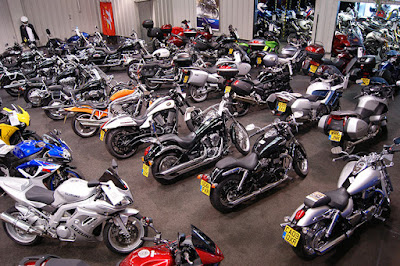 Yamaha Showroom In Dhaka