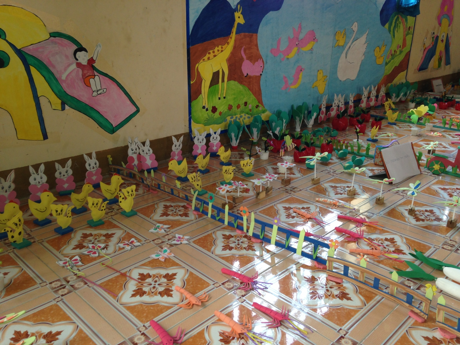 Hội thi đồ dùng đồ chơi bậc học mầm non