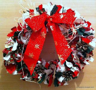 Corona de Navidad con tela