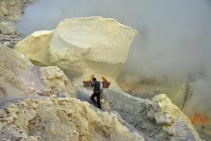 Minero con azufre