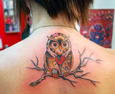 Tattoos Femininas nas Costas