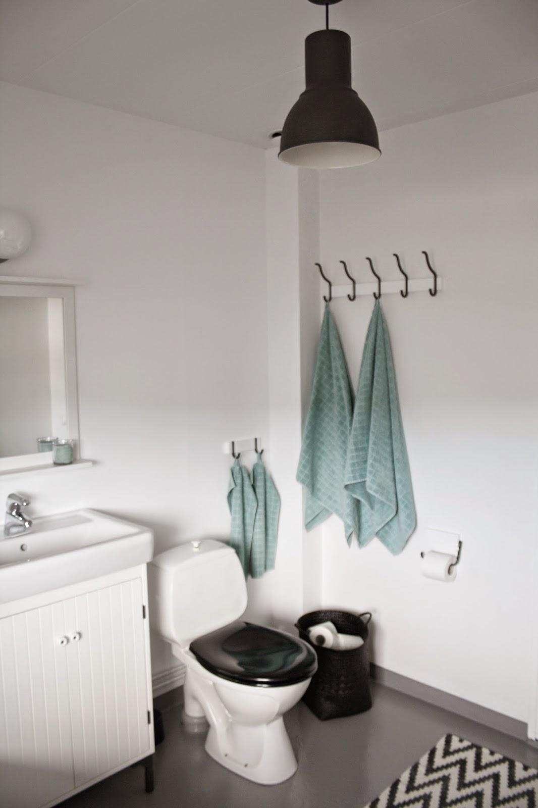 Pärlspont i tak badrum ~ xellen.com