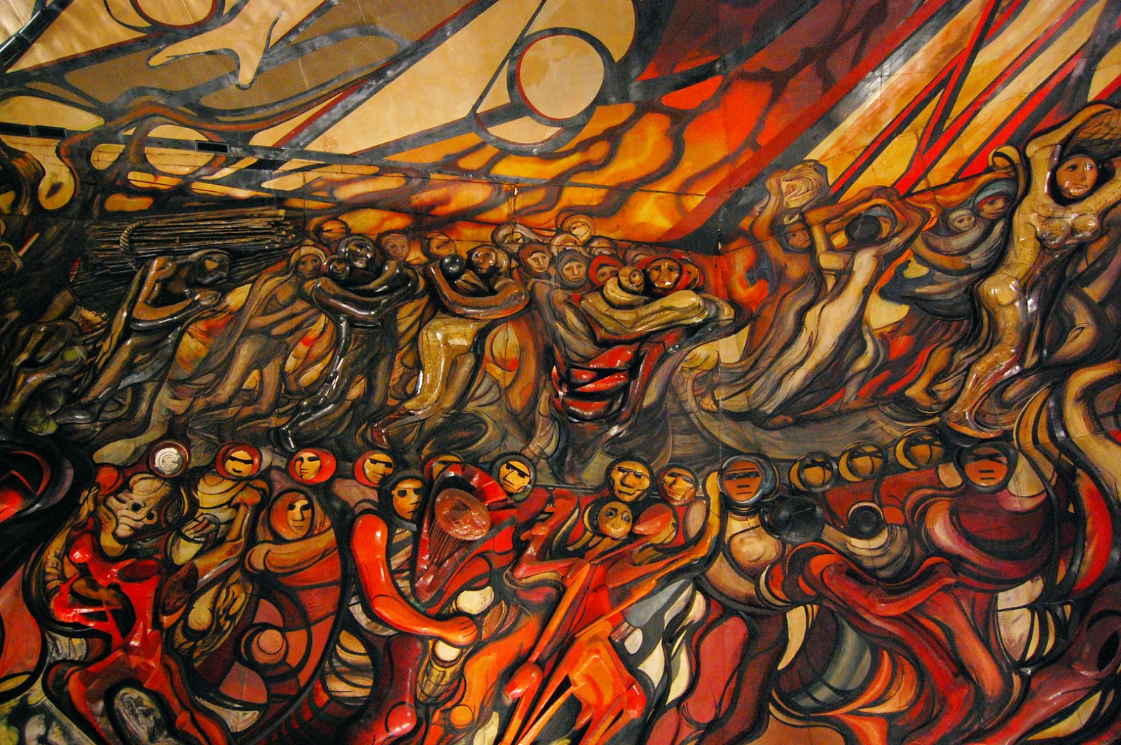 Grupo edam el polyforum cultural siqueiros en peligro for El mural de mosaicos