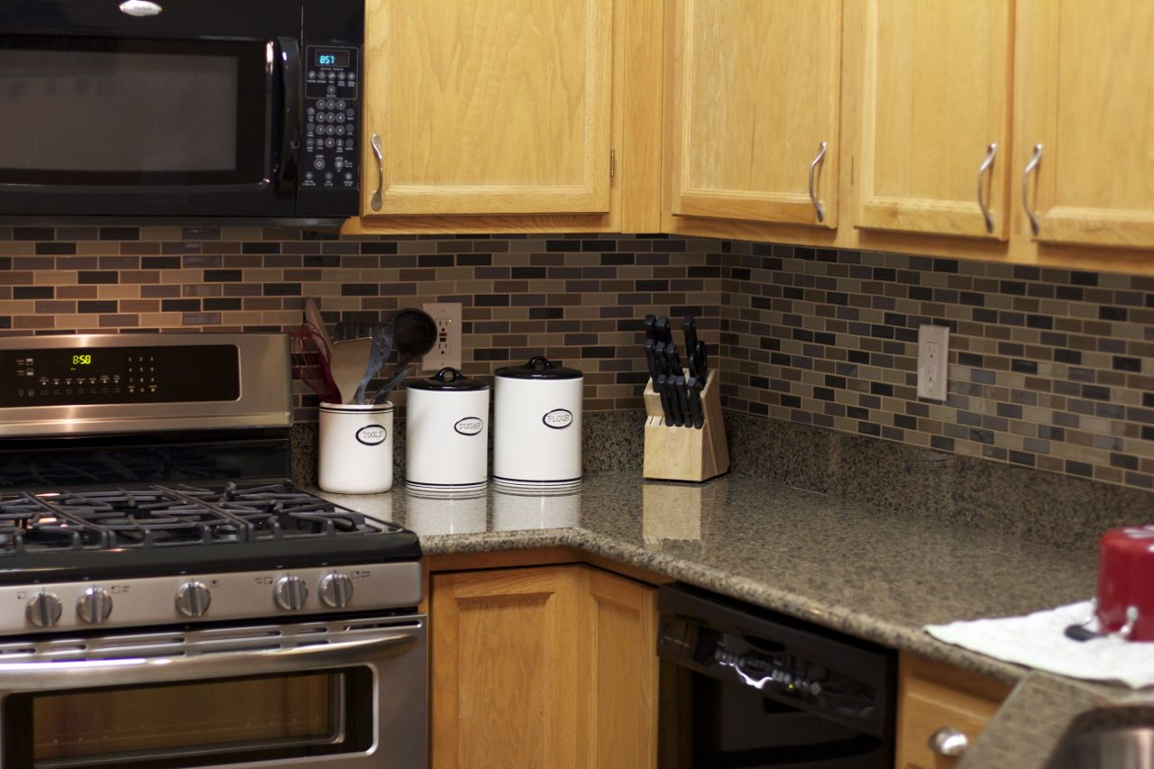 we found these great backsplash tiles at home depot on sale and