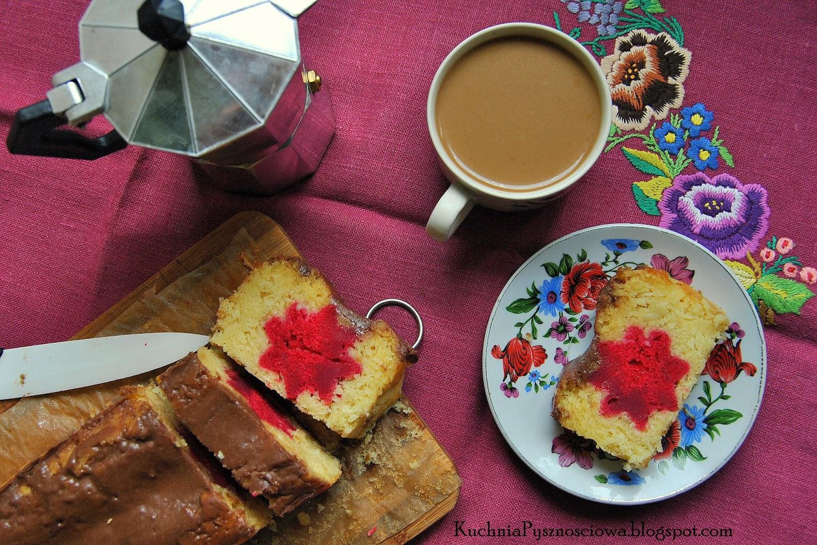 202. Ciasto migdałowe z kwiatkiem na rozpoczęcie wiosny