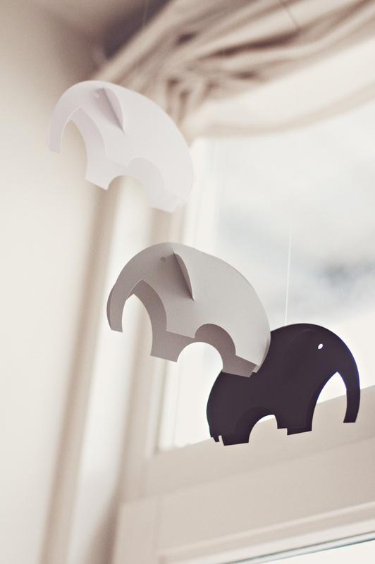 flensted mobiles gray label. Black Bedroom Furniture Sets. Home Design Ideas