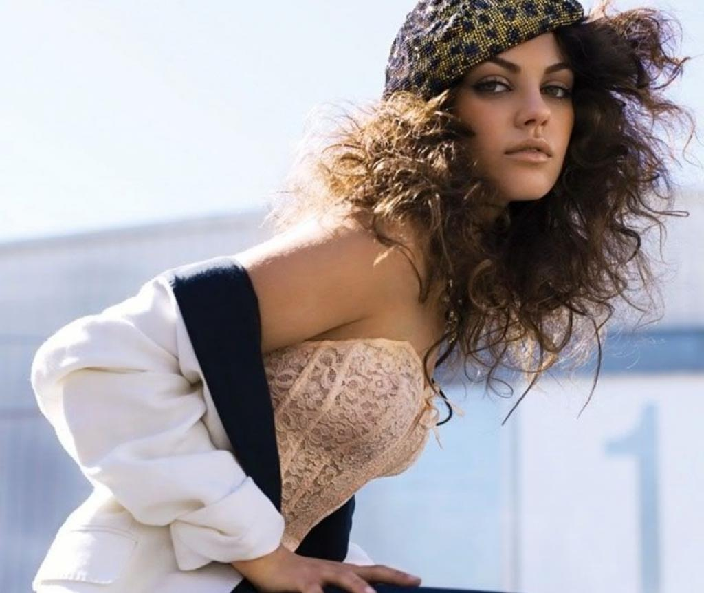 Mila Kunis Big Collection