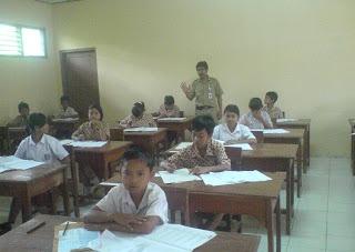 Komponen Sistem Pendidikan Nasional