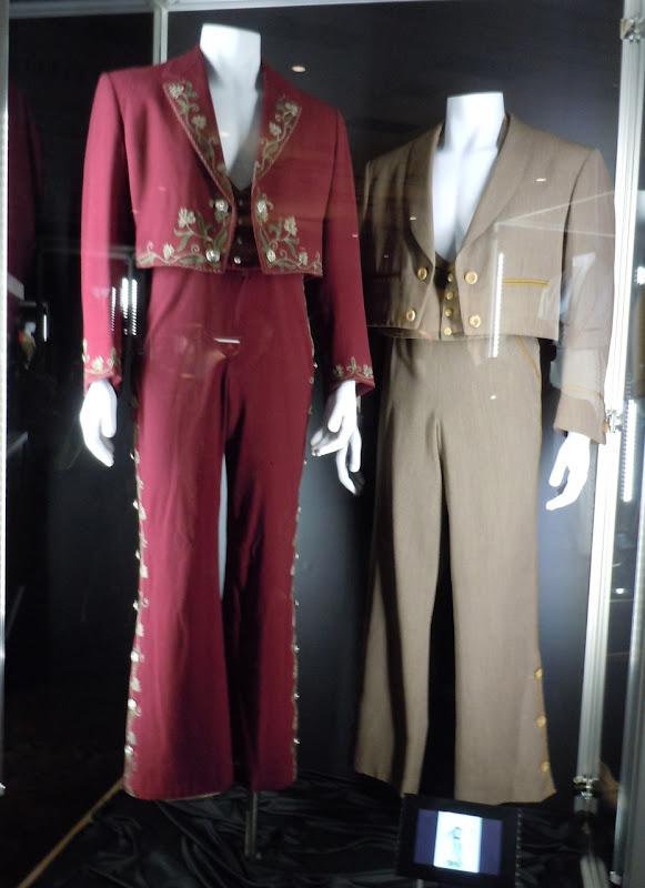 Zorro TV costumes