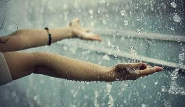 Kata Kata Cinta Saat Hujan Turun
